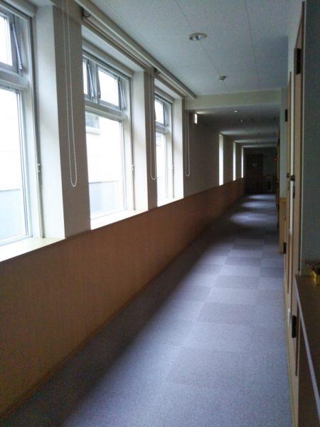 ファミリーハウス廊下